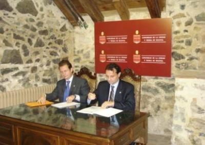 Firma del convenio para la explotación de biomasa con fines energéticos.